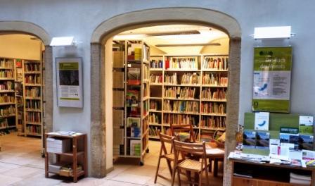 http://www.umweltbibliothek-dresden.bbopac.de/public/img/64/Bibliotheksansicht%20web.JPG