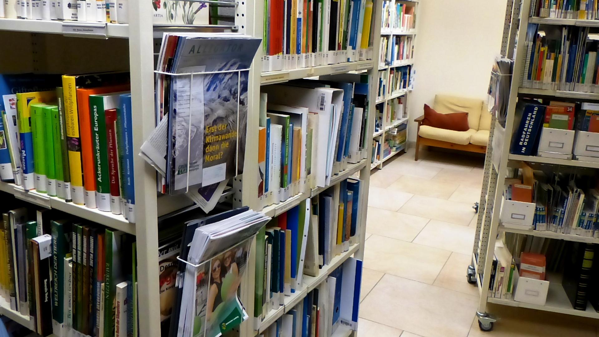 http://www.umweltbibliothek-dresden.bbopac.de/public/img/64/Regale%20f%C3%BCr%20Opac.JPG